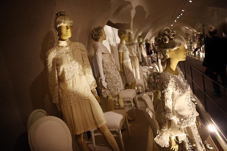 Valentino in mostra alla Somerset House 157210057PM00014 Valentino