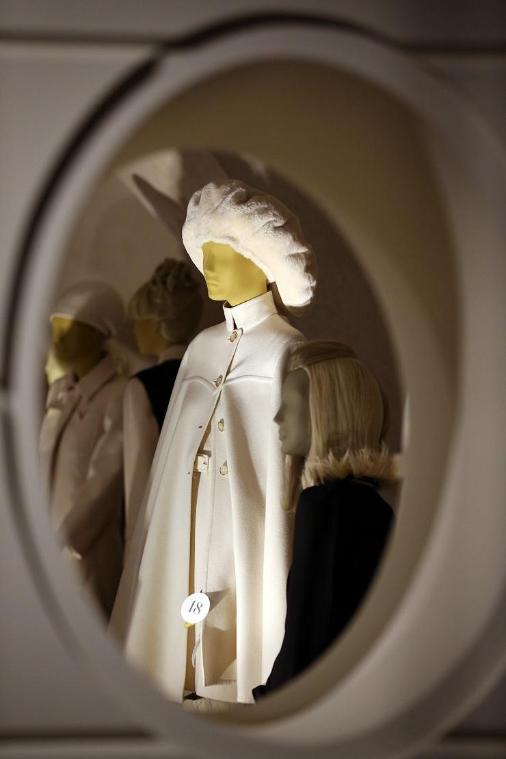 Valentino in mostra alla Somerset House 157210057PM00019 Valentino