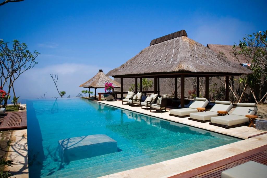 """""""Bvlgari Hotel Bali Decorazioni lusso esotico"""" Bulgari Hotel di Bali Bvlgari Hotel Bali Decorazioni: Lusso Esotico Bvlgari Hotel Bali Decorazioni lusso esotico Bvlgari Villa"""