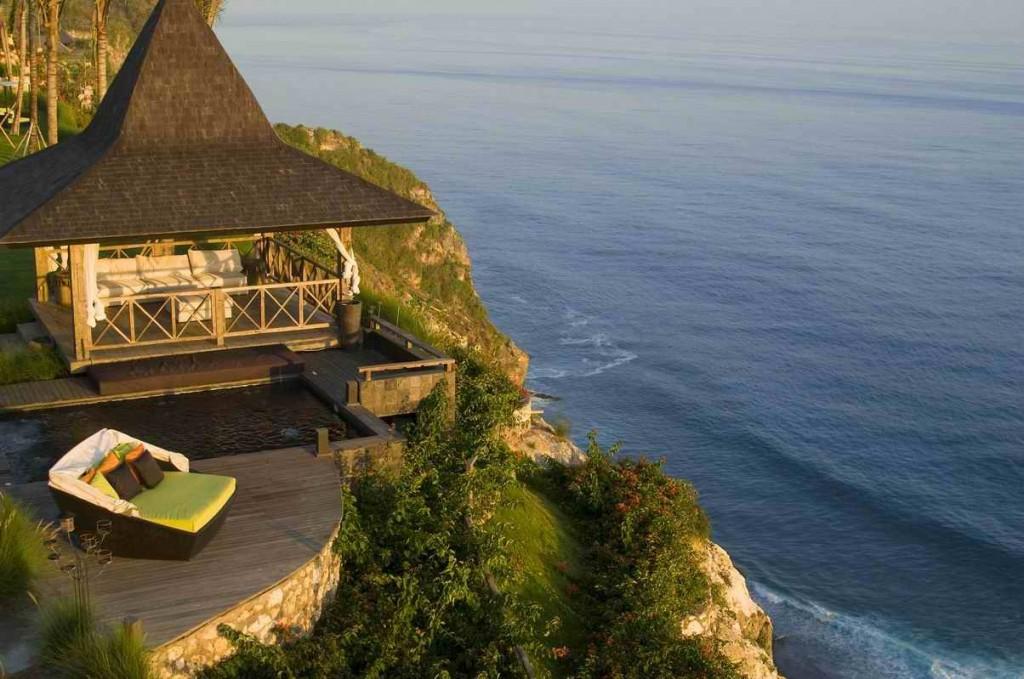 """""""Bvlgari Hotel Bali Decorazioni lusso esotico"""" Bulgari Hotel di Bali Bvlgari Hotel Bali Decorazioni: Lusso Esotico Bvlgari Hotel Bali Decorazioni lusso esotico Cliff view"""