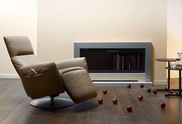 Poltrona Frau: design di eleganza Poltrona Frau Leather Reclining Chair Pillow