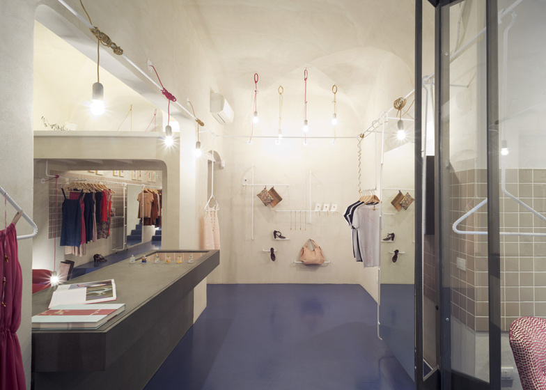 Il Salotto boutique, Gosplan Dezeen Il Salotto by Gosplan ss 5