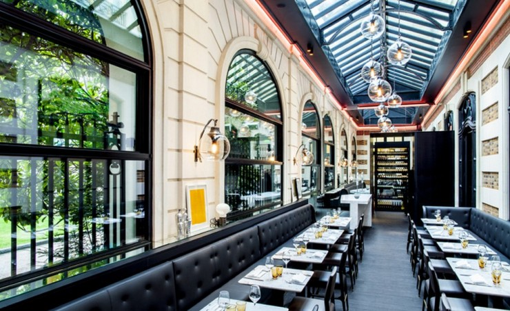 Artcurial Café, France