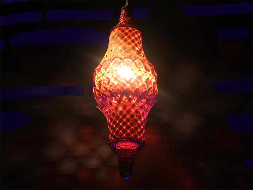 lampada del soffitto 'cosmo', fatto di bambù e cristallo rosso robbia  Dramma a ICFF! Belle lampade di Baccarat & Campana Brothers fusion04