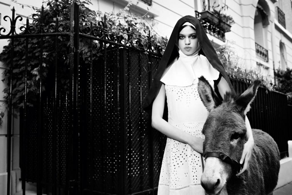 lily mcmenamy  McMenamy,trunfo nessun disegno,Marc Jacobs i Balenciaga lily mcmenamy purple spring summer 2013 01