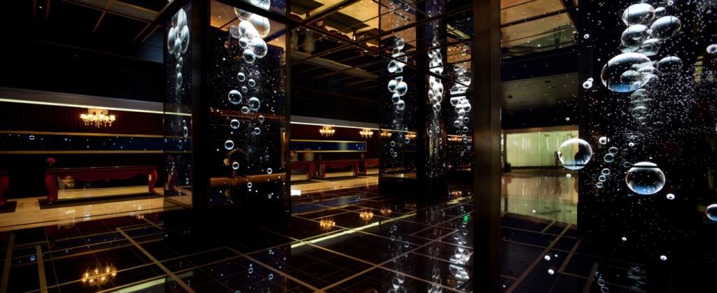 The Cosmopolitan of Las Vegas  Rockwell Group, hanno il segreto per illuminare il tuo mondo Cosmo1 1341x550 1024x419