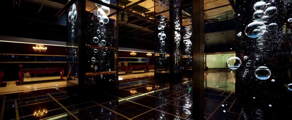 The Cosmopolitan of Las Vegas  Rockwell Group, hanno il segreto per illuminare il tuo mondo Cosmo1 1341x550 e1371053862396