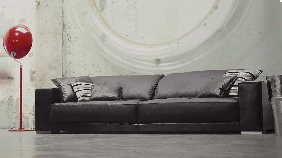 Spazi idee minimalismo bianco nel vostro salotto spazi for Baxter mobili