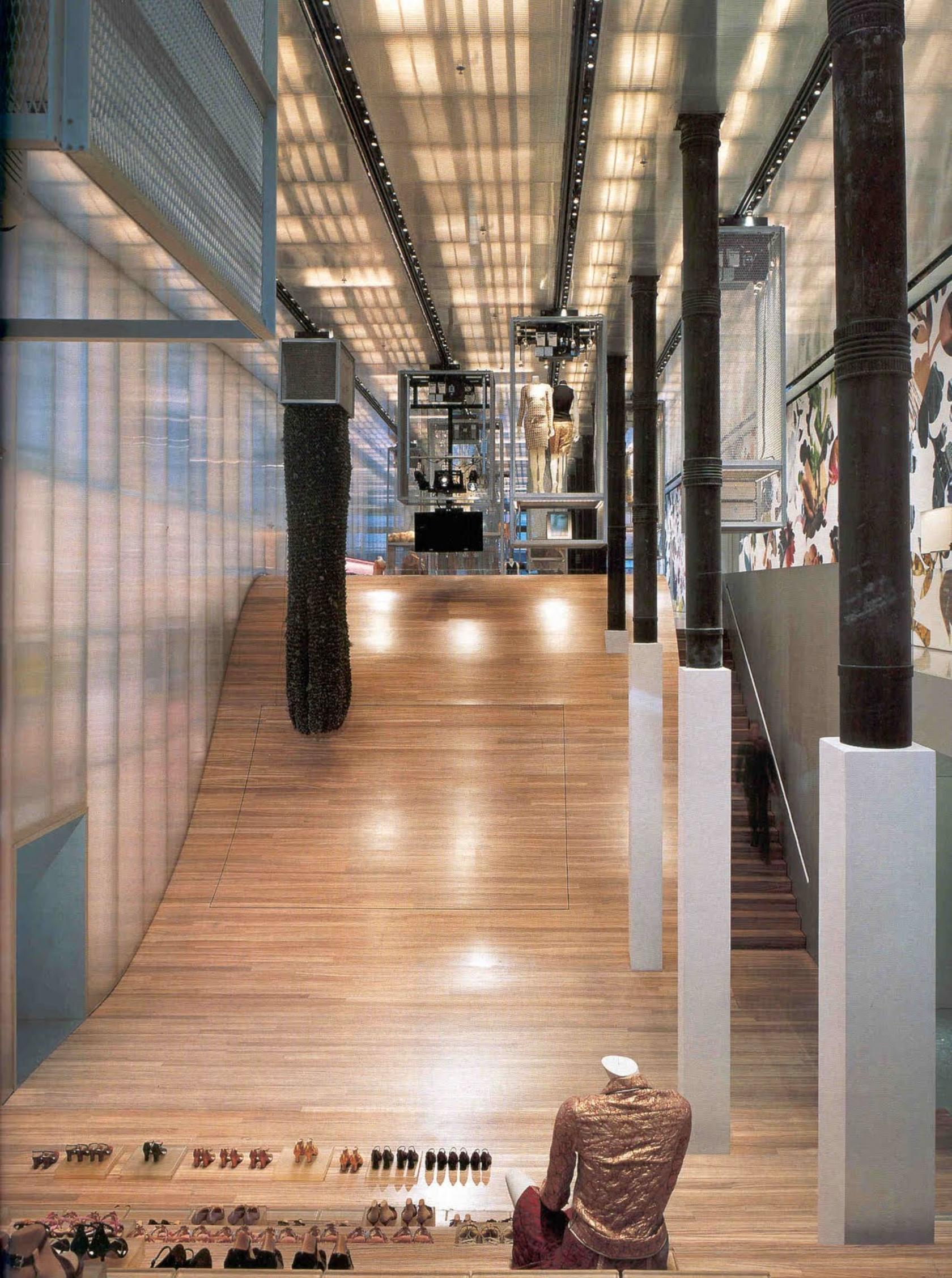Architettura contemporanea e moda prada e oma for New york architettura contemporanea