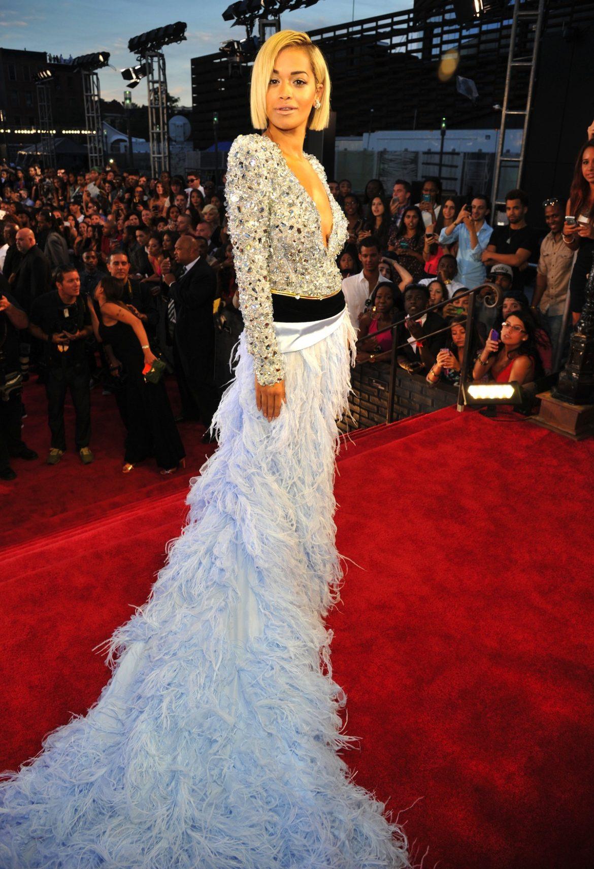 Ogni sguardo di VMA Tappeto rosso 2013  MTV VMA Tappeto rosso 2013 Rita Ora Alexandre Vauthier
