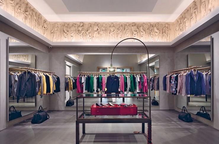 """""""Nuovo flagship store Moschino di Roma""""  Nuovo flagship store, Moschino di Roma Nuovo flagship store Moschino di Roma 2 e1380722571699"""