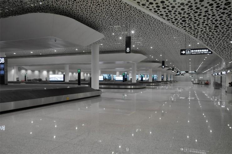 """""""Studio Fuksas Thanksgiving, l'inaugurazione Aeroporto Internazionale di Shenzhen""""  Studio Fuksas Thanksgiving, l'inaugurazione Aeroporto Internazionale di Shenzhen studio fuksas bao an international airport shenzhen china designboom 18 e1385381895172"""