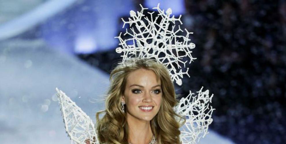 """Lindsay Ellingson - Victoria's Secret 3D lingerie""  Per Capodanno 2014: la lingerie 3D di Victoria's Secret Per Capodanno 2014 la lingerie 3D di Victorias Secret3"