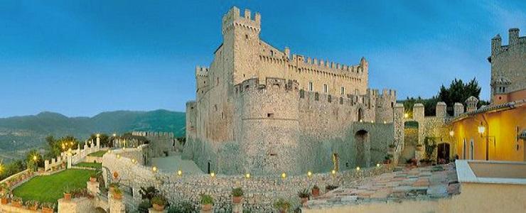 """""""Castello trasformato in Hotel"""""""