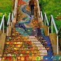 """""""17 delle più belle scale in tutto il mondo - 16th Avenue Tiled Steps, San Francisco"""""""