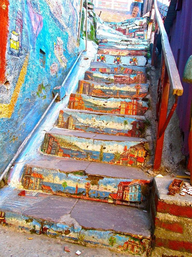 """""""17 delle più belle scale in tutto il mondo - Valparaíso, Chile 2""""  Il nostro articolo più popolare - 17 delle più belle scale in tutto il mondo 17 delle pi   belle scale in tutto il mondo Valpara  so Chile 2"""