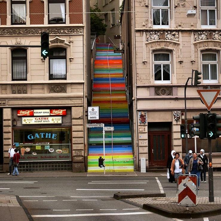"""""""17 delle più belle scale in tutto il mondo - Wuppertal, Germany""""  Il nostro articolo più popolare - 17 delle più belle scale in tutto il mondo 17 delle pi   belle scale in tutto il mondo Wuppertal Germany"""