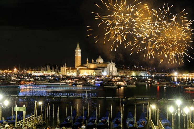 Guida Turistico: spazi di lusso a Venezia - Festa del Redentore  Guida turistica: Spazi di lusso a Venezia Best Design Guides Venice Festa del Redentore