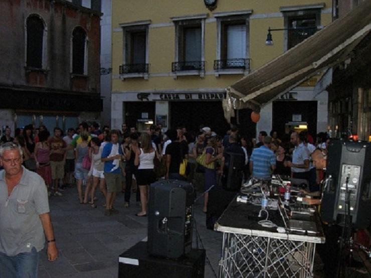 Guida turistica: spazi di lusso a venezia - Venezia Suona  Guida turistica: Spazi di lusso a Venezia Best Design Guides Venice Venezia Suona
