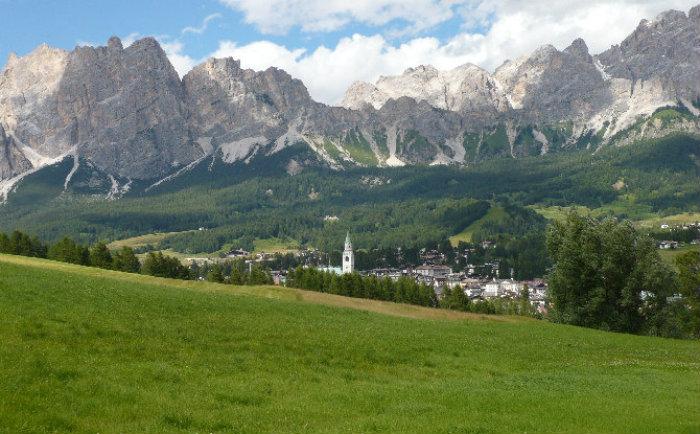 Cortina View  Italia: 10 luoghi incredibili per le prossime vacanze Cortina View