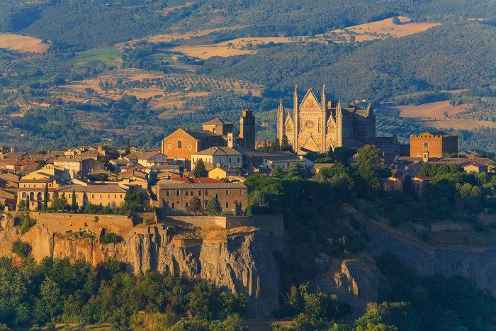 Umbria_Orvieto  Italia: 10 luoghi incredibili per le prossime vacanze Umbria Orvieto