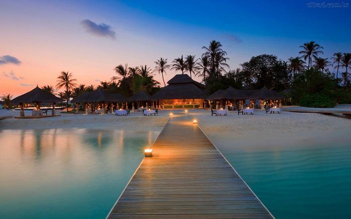 Turismo di Lusso: I migliori viaggi per le Vacanze  Turismo di Lusso: I migliori Viaggi per le Vacanze maldivas