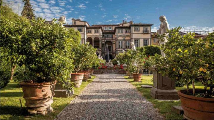 Toscana_Lucca_PalazzoPfanner_cortile  Trend d'autunno: alla scoperta dell'Italia con FAImarathon Toscana Lucca PalazzoPfanner cortile