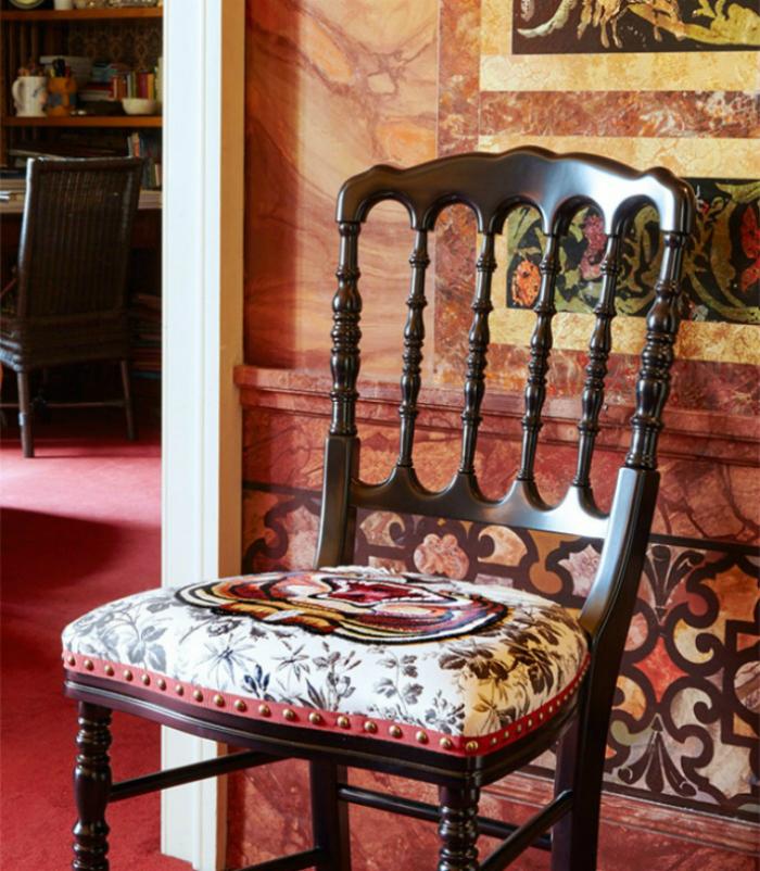 lultima-collezione-di-sedie-gucci (6) Sedie Gucci L'ultima Collezione di Sedie Gucci lultima collezione di sedie gucci 6