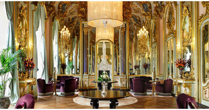 Comfort e design retrò nelle stanze del Villa Cora.3