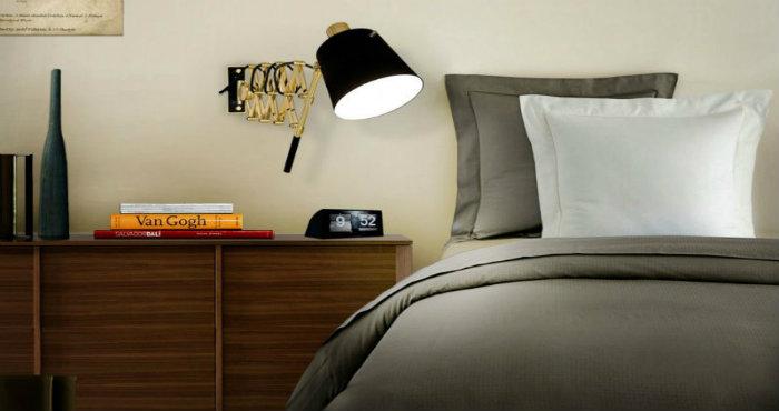 Illumniare l'angolo lettura in camera da letto