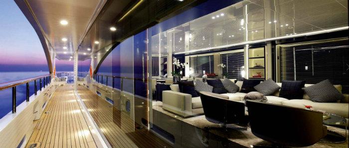 Come scegliere un perfetto yacht di lusso in cui vivere.2 yacht di lusso COME SCEGLIERE UN PERFETTO YACHT DI LUSSO IN CUI VIVERE Come scegliere un perfetto yacht di lusso in cui vivere