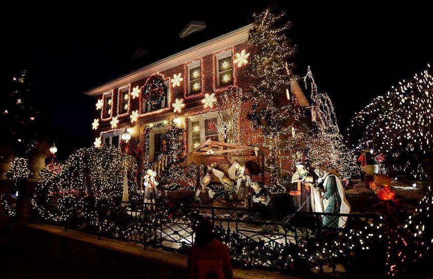 come nei film, giardini natalizi indimenticabili giardini natalizi Idee per la tua casa: giardini natalizi indimenticabili natale case5