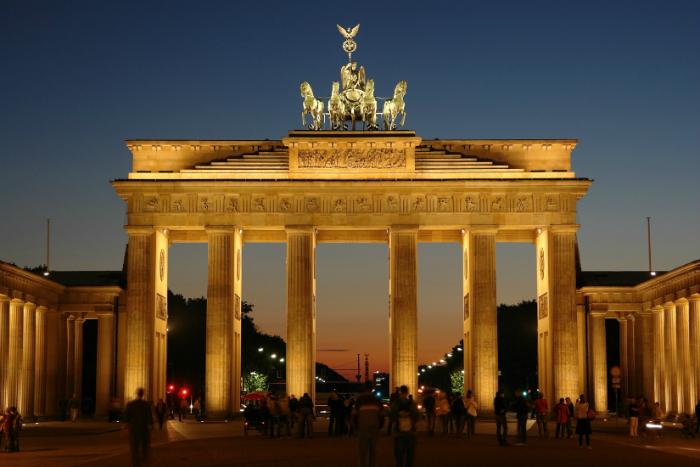 lista di buoni paesi per viaggiare da soli viaggiare da soli 5 fantastiche città da visitare anche solo berlin