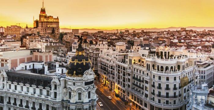 lista di buoni paesi per viaggiare da soli viaggiare da soli 5 fantastiche città da visitare anche solo madrid