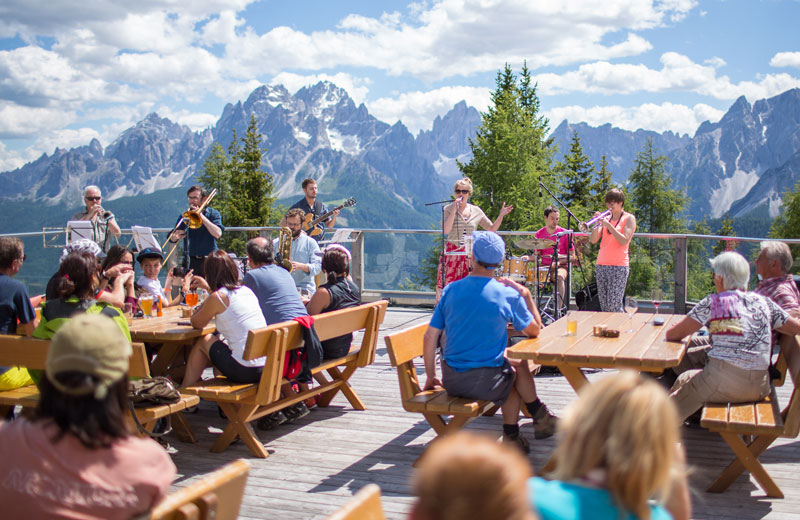 I festival Jazz in Italia | Südtirol Jazzfestival Alto Adige jazz 3 festival jazz tutti da (ri)scoprire per un'estate indimenticabile jazz festival helm