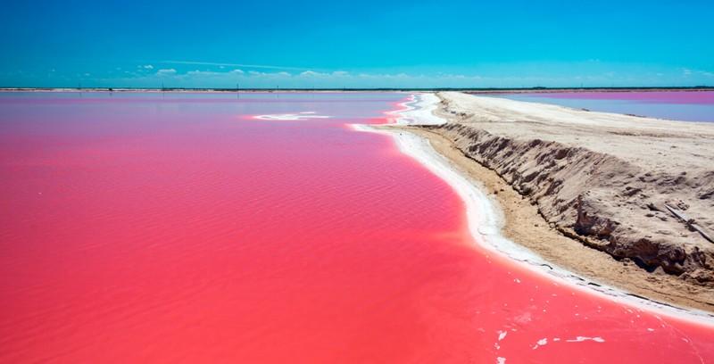 2. Laguna Las Coloradas (Yucatan, Messico)