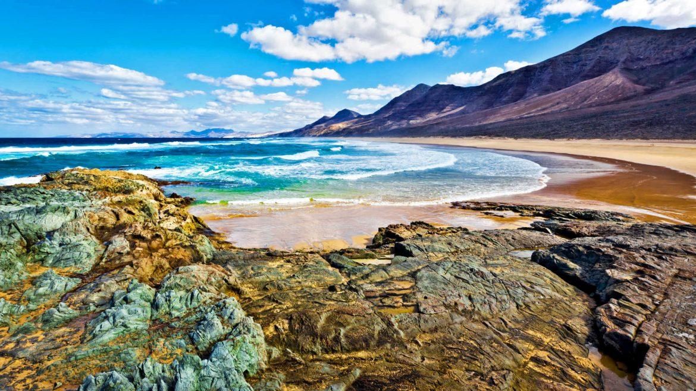 Le 5 migliori destinazioni tropicali per sfuggire all'inverno tropicali Le 5 migliori destinazioni tropicali per sfuggire all'inverno Fuerteventura