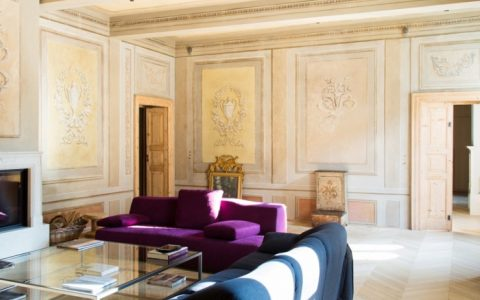 stile Lo stile e l'artigianato italiano di Palazzo Morelli 02 parquet living detail 1 1 1 480x300
