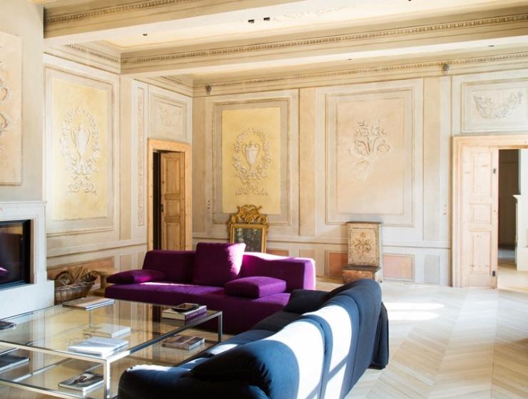 stile Lo stile e l'artigianato italiano di Palazzo Morelli 02 parquet living detail 1 1 1