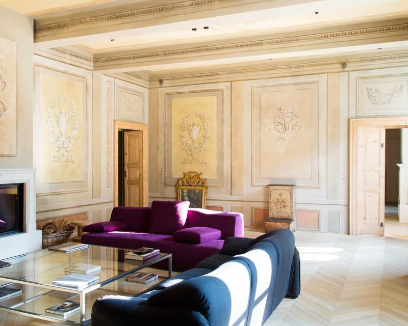 italiano stile Lo stile e l'artigianato italiano di Palazzo Morelli 02 parquet living detail 1