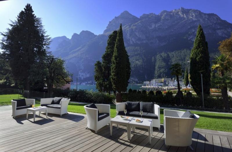 hotel hotel TOP 5 : Hotel di Lusso sul Lago di Garda 213214a hb t 001