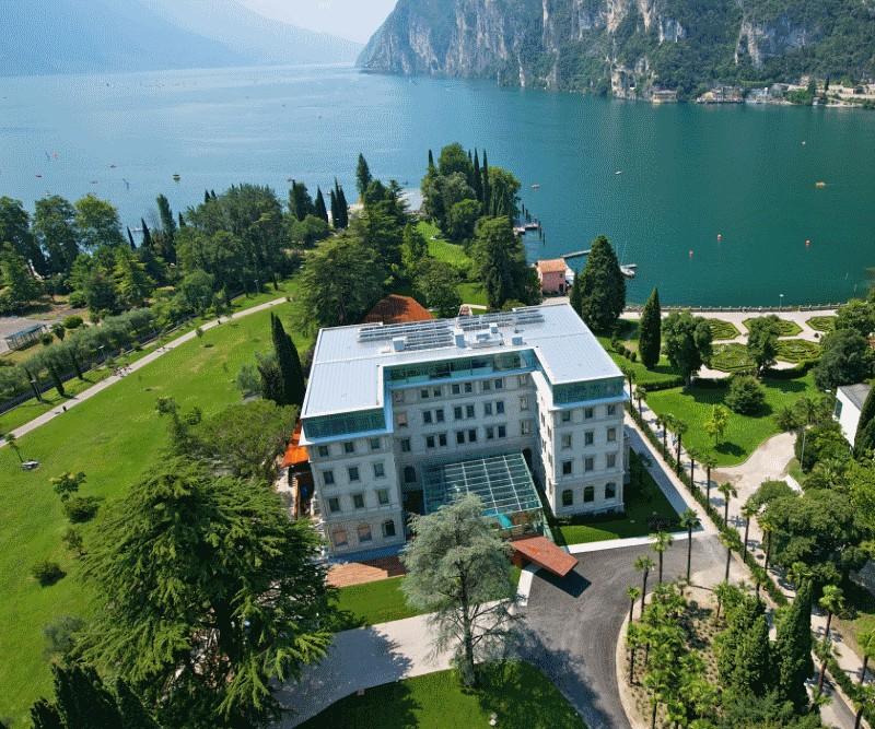 hotel hotel TOP 5 : Hotel di Lusso sul Lago di Garda SPA Hotel Lido Palace Riva del Garda 1050x700 1