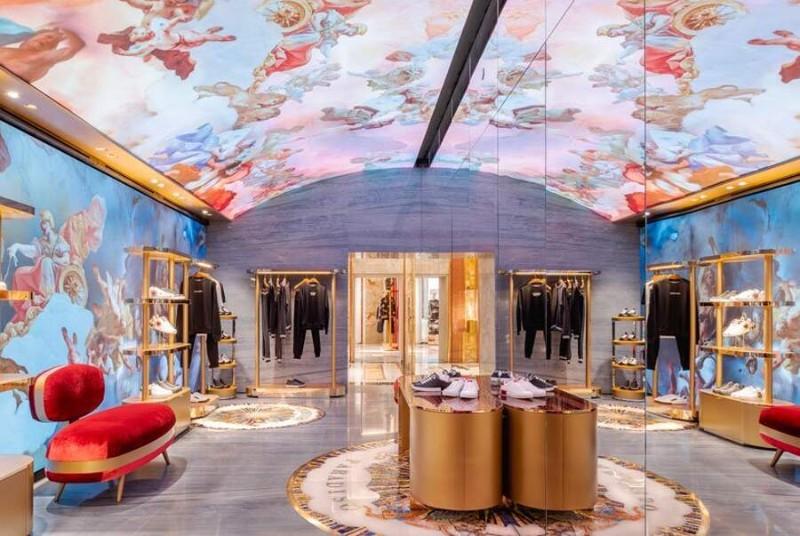 boutique boutique Le Boutique di Lusso in Italia progettate da famosi architetti store dolce e gabbana roma piazza di spagna affreschi digitali 10