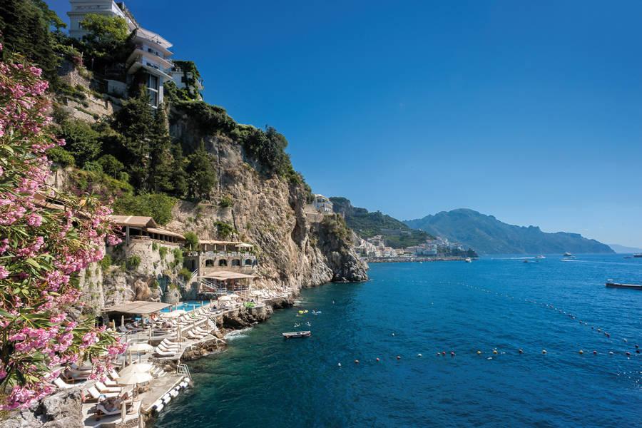 hotel TOP 5: Hotel Costiera Amalfitana 05 z d 0 0 900