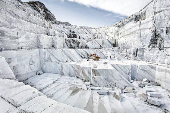 I Marmi di Carrara: algida eleganza marmi di carrara Marmi di Carrara: algida eleganza 3103bd0d4de59b14dd4e150ed202e2c5