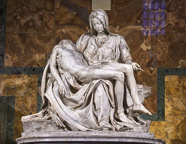 marmi di carrara Marmi di Carrara: algida eleganza 724px Michelangelos Piet   St Peters Basilica 1498   99 723x560