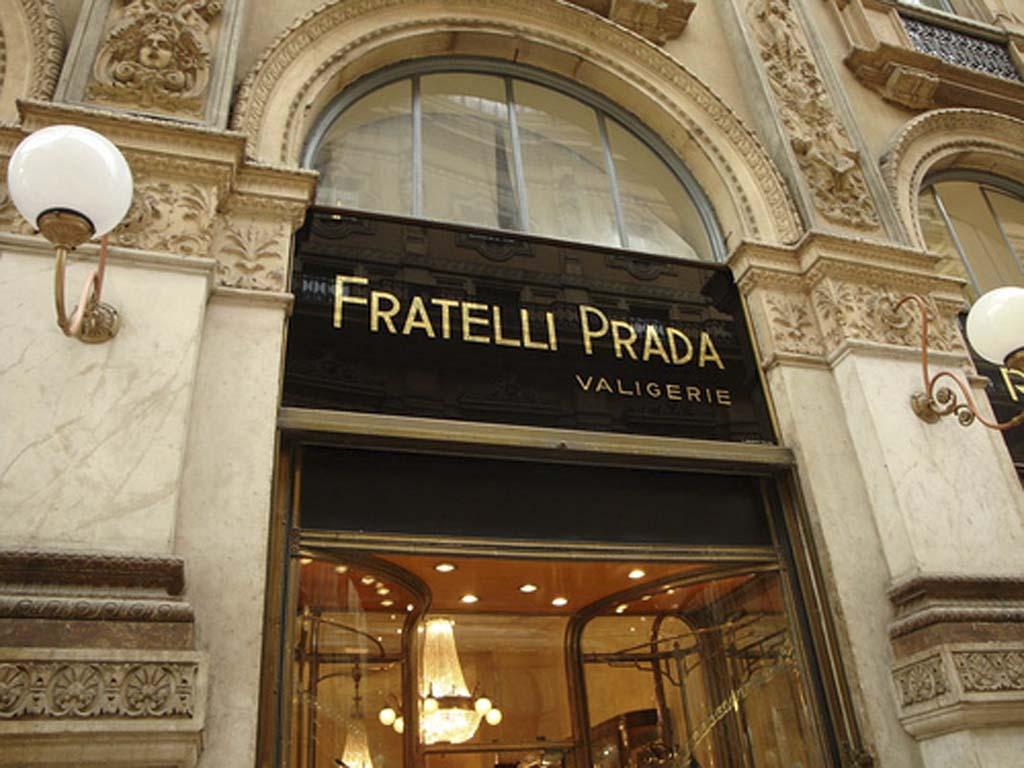 miuccia prada, moda, prada  miuccia prada Miuccia Prada: La Signora Della Moda Fratelli Prada Valigerie 6345 01