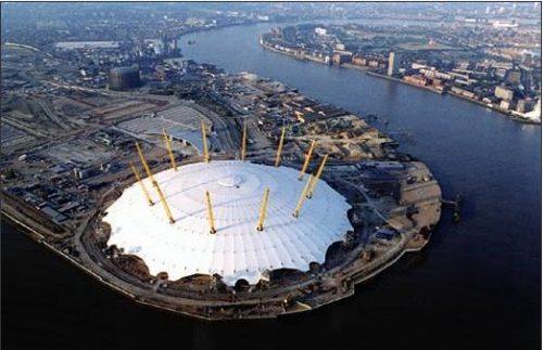 Richard Rodgers, l'architetto Italo-Inglese del Centro Pompidou richard rogers Richard Rogers, l'architetto Italo-Inglese del Centro Pompidou Millenium Dome 2 500x323