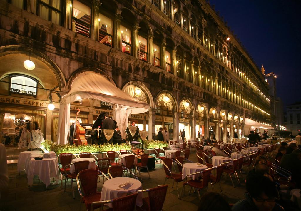 Top 5: Ristoranti di Lusso a Venezia ristoranti Top 5: Ristoranti di Lusso a Venezia Quadri dal plateatico