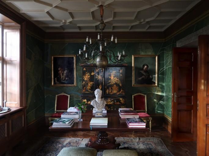 Studio Peregalli, Roberto Peregalli, Laura Sartori Rimini studio peregalli Studio Peregalli: L'Indissolubile Legame Con Il Passato. a gallery in a home in London